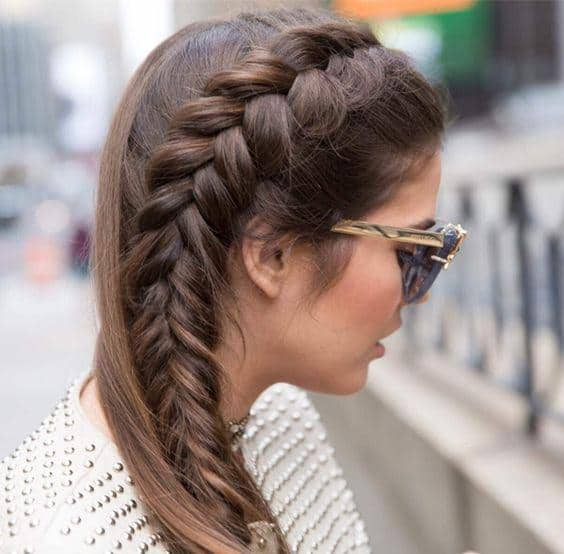 Fishtail twisted side braid