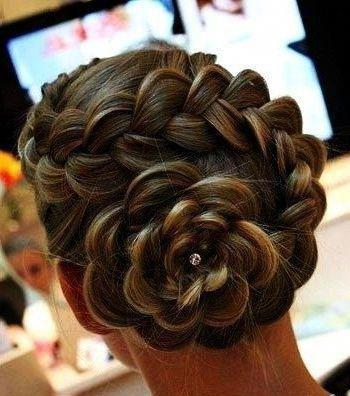 Wedding style rose braid
