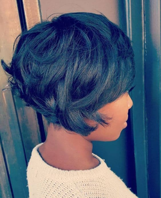black stacked bob with flicked layers