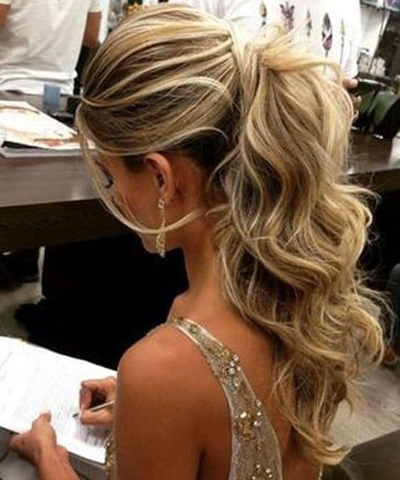 wavy ponytails - wavy ponytail with a bouffant